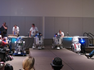 I've decided that a group of astromech droids are called a beep. Look, a beep of R2 units!